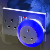 Plug Through Colour Changing LED Night Light - Daylight sensor.2
