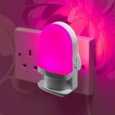 Plug In Colour Changing LED Night Light - Daylight sensor